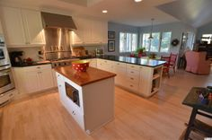 The kitchen at 902 Wallace Pate Drive in DeBordieu.