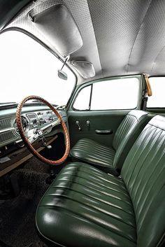 Volkswagen 1 11 limousine de luxo pele tweed insets help beat the sticky summer bums created by the traditional full vinyl seat good idea Volkswagen Karmann Ghia, Volkswagen Transporter, Beetles Volkswagen, Volkswagen Bus, Vw Camper, Vw Variant, Kdf Wagen, Vw Vintage, Vw T