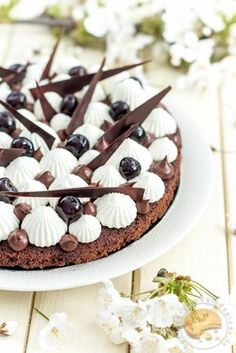 Discover recipes, home ideas, style inspiration and other ideas to try. Pastry Recipes, Baking Recipes, Dessert Recipes, Kinds Of Desserts, Cake & Co, Beautiful Desserts, French Pastries, Christmas Cooking, Chocolate Desserts