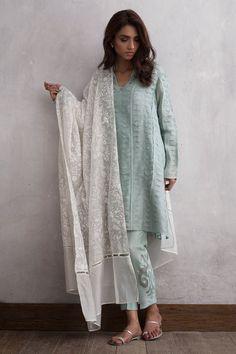Pakistani cotton 3 piece ready to wear dress by Nida Azwar Traditional wear 2018 Pakistani Fashion Casual, Pakistani Dress Design, Pakistani Outfits, Indian Outfits, Asian Fashion, Pakistani Clothing, Emo Outfits, Punk Fashion, Lolita Fashion
