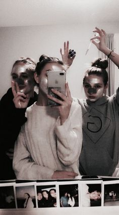 Image about fashion in B F F by Zoé on We Heart It - Bff Pictures - Bff Pics, Photos Bff, Best Friend Pictures, Bff Pictures, Friend Photos, Vsco Pictures, Best Friend Fotos, My Best Friend, Flipagram Instagram