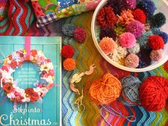 Love the blanket in the background; is it alternating single rows of the colour with double?