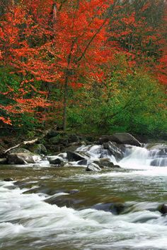 SLIDE SHOW: The Top 25 Foliage Towns in New England - Yankee Foliage - Your Source for New England Fall Foliage