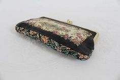 Vintage tapestry fabric clutch purse with satin lining (R150)