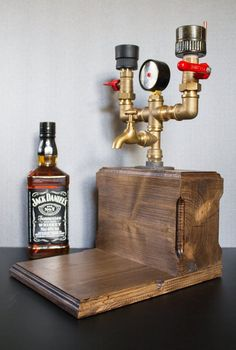 Double Liquor Alcohol Whiskey wood Dispenser, Gift for him, Jack Daniels, Birthday gifts, Gift for dad Doble Licor Alkohol Whisky madera Dispensador Regalo para Whiskey Dispenser, Alcohol Dispenser, Drink Dispenser, Christmas Gifts For Him, Gifts For Dad, Unique Man Cave Ideas, Jack Daniels Gifts, Jack Daniels Birthday, Gomme Laque