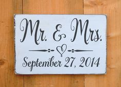 Wedding Sign, Fall Winter Weddings Gift, Rustic Mr and Mrs Plaque  Sweetheart Table Decor Personalized Date Gift Wooden Gift Bride Groom Shower Wedding Day Date Woodland Rustic Chic