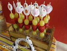 Espetinhos de frutas #Farmparty