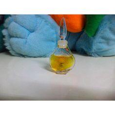 Chamade Mini Pure Parfum 2 ML New Without Box in Health & Beauty > Fragrances > Women's Fragrances Miss Dior, Pure Products, Fragrances, Box, Mini, Beauty, Rocks, Eau De Toilette, Snare Drum