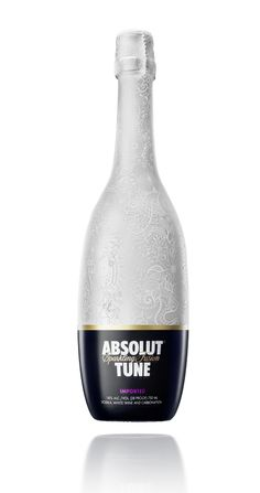 Absolut Tune: Sparkling Fusion. Vodka, white wine + carbonation.