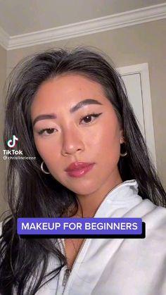 Makeup Videos For Beginners, Makeup Tutorial For Beginners, Makeup Tutorial Videos, Natural Makeup Looks, Easy Makeup Looks, Natural School Makeup, Fresh Makeup Look, Natural Makeup For Brown Eyes, Natural Beauty