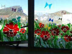 Poppies op badkamer venster