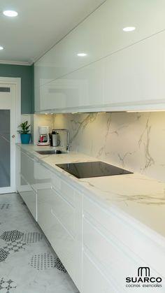 Kitchen Remodel and Design, das Sie 2019 lieben werden , Kitchen Room Design, Kitchen Cabinet Design, Modern Kitchen Design, Home Decor Kitchen, Kitchen Layout, Interior Design Kitchen, Kitchen Walls, Modern Kitchen Cabinets, Modern Kitchen Interiors