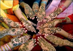 Henna is the English version for mehndi. It is the most popular thing used in Asian desi girls. It brings a different glow in their hand and looks nice overall. Mehndi is used on feet also but it's really much rare. Henna Hand Designs, Bridal Henna Designs, Henna Tattoo Designs, Mehandi Designs, Henna Tattoos, Henna Party, Henna Mehndi, Indian Henna, Mehndi Art