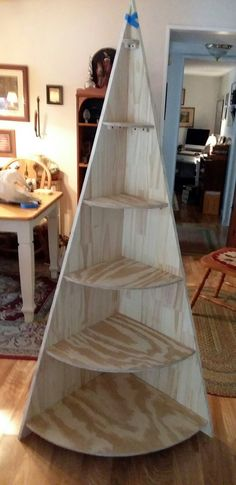 Step one. Just cut out. Christmas Projects, Holiday Crafts, Christmas Crafts, Christmas Decorations, Holiday Decor, Decor Crafts, Wood Crafts, Diy Crafts, Christmas Tree Village Display