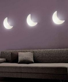 Love these unusual crescent moon shaped lights, they'd be perfect in a bedroom