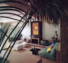 THE NYT BOOK OF INTERIOR DESIGN AND DECORATION ©1976