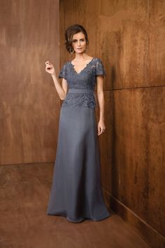 Chic V Neck Floor Length Silver Lace Mother Of The Bride Dress Společenské  Šaty 5bdddccaf2