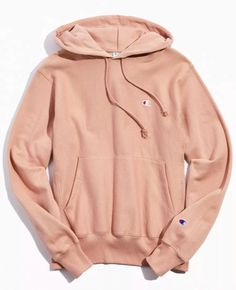 Champion Hoodie in rose Hoodie Sweatshirts, Pullover Hoodie, Hoody, Stylish Hoodies, Comfy Hoodies, Champion Clothing, Cute Lazy Outfits, Summer Outfits, Tokyo Street Fashion