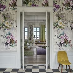 The most stunning digitally printed rendering of the Aubriet print design on heavyweight non-woven grounds for ease of hanging. Created as a complete panel for a stunning effect in three glorious colo