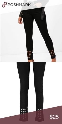 """Black Laser Cut Out Hem Skinny Jeans Fabric:100% Polyester.Flat Measurements:Not Worn:Total Length 45cm/18"""".(Measured on UK Size 10).CLEAN WITH DAMP CLOTH ONLY.Model Wears UK Size 10 Worn once Jeans Skinny"""