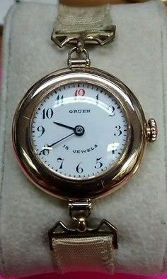 """Gruen-ladis-14k-Solid-gold-15-jewels-ART-DECO-watch-very-nice-just-serviced Looks just like the """"Ladies Trench Watch"""" WWI"""