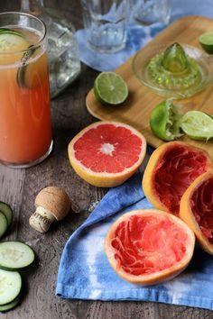 Winter Cocktail Hour: Grapefruit Margaritas and Vanilla Sugar Daquiris | http://joythebaker.com/2015/01/winter-cocktail-hour-grapefruit-margaritas-vanilla-sugar-daquiris/