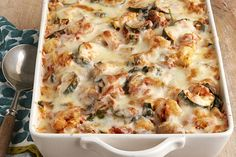 Enjoy Italian fare at home with our Creamy Zucchini & Spinach Pasta Bake! You'll love the taste of this spinach pasta bake and how easy it is to make. Vegetable Recipes, Vegetarian Recipes, Cooking Recipes, Pasta Recipes, Vegetable Bake, Veggie Meals, What's Cooking, Pasta Dishes, Food Dishes