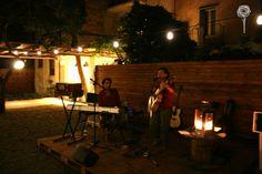 Il Giardino di Lipari - Livia Ferri ft DAP live #giardino #garden #eolie #lipari #island #isola #summer #lights #sicilia #sicily #travel #live #music