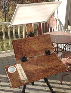 Gurney Journey: Your DIY Pochade Easel Designs (multiple design ideas) Plein Air Easel, Diy Easel, Pochade Box, My Art Studio, Dream Studio, Studio Ideas, Gear Art, Outdoor Paint, Outdoor Decor