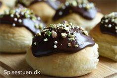 Fastelavnsboller med brunsviger remonce og vaniljecreme