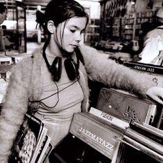 Björk digging