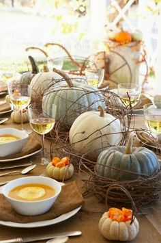 Fall Tablescape with Pumpkins | HAMPTONS STYLE