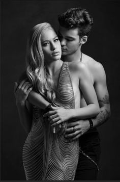 """""""Loved photographing fashion portraits of this young sexy couple at Couple Photography Poses, Erotic Photography, Couple Portraits, Boudoir Couple, Couple Shoot, Poses Pour Photoshoot, Couples Modeling, Portrait Studio, Passionate Couples"""