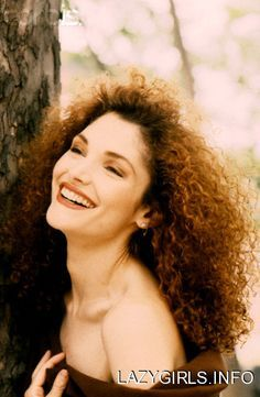 Celebrity ★ Mary Elizabeth Mastrantonio on Pinterest | - Claire Fraser