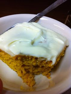 Famous Pumpkin Roll Cake.... never make a pumpkin pie or buy a pumpkin roll again.  This is too simple.