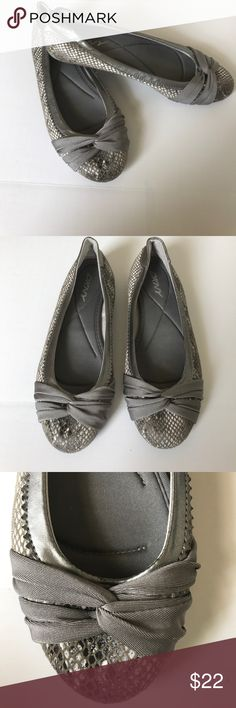 DKNY Gray Ballet Flats DKNY adorable ballet flats size 8 1/2 . Has a snake like pattern with light gray, light beige, and some black. Good condition. Dkny Shoes