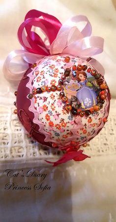 Christmas Balls, Christmas Ornaments, Bulb, Holiday Decor, Cake, Desserts, Food, Home Decor, Christmas Baubles