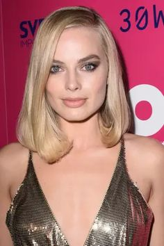 29 Australian Celebrities Who Absolutely KILLED IT In Hollywood This Year Women Haircuts Long, Haircuts For Long Hair, Wedding Hairstyles For Long Hair, Curled Hairstyles, Trendy Hairstyles, Short Haircuts, Updo Hairstyle, Party Hairstyles, Hair Wedding
