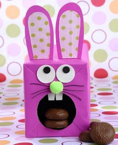Easter bunny made out of a tissue box! Cute.