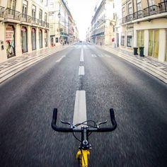 """Nelson Cruz de Oliveira on Instagram: """"Ride... #igers_lisboa #igerslisboa #igerslx #igersportugal #igers #igersworldwide #ig_europe #wu_portugal #lisboa #lisbon #vsco #vscocam #vscogrid #bike #fixie #singlespeed #commuter #bikeporn #fixedlife #fixedbike #fixieporn #fixedgear #urban #urbanscape #gopro #gopro_boss #p3_verão #retratogram"""""""