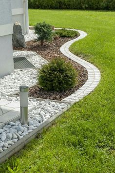 Add something like this around the window well! Add something like this around the window well! The post Add something like this around the window well! appeared first on Gartengestaltung ideen. Add something like this around the window well! Outdoor Landscaping, Front Yard Landscaping, Outdoor Gardens, Landscaping Ideas, Landscaping Borders, Florida Landscaping, Shade Landscaping, Modern Landscaping, Gravel Garden