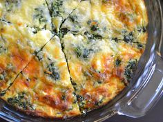 When breakfast morphs into lunch, make this hearty Spinach and Mushroom Crustless Quiche. It's filling, flavorful, and can tide you over all morning.