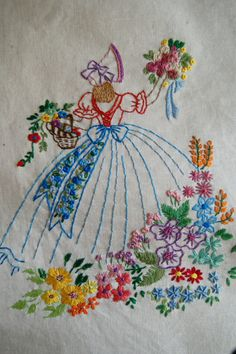 Hand Embroidery Videos, Embroidery Flowers Pattern, Embroidery Transfers, Silk Ribbon Embroidery, Hand Embroidery Patterns, Vintage Embroidery, Cross Stitch Embroidery, Machine Embroidery Designs, Embroidered Pillowcases