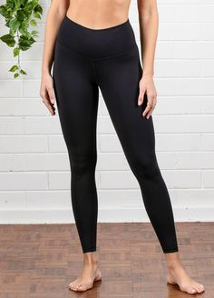 QueenBee® - Ivy Everyday Post Maternity Legging in Black Maternity Pads, Maternity Leggings, Maternity Wear, Maternity Fashion, Post Pregnancy Fashion, Nursing Pads, Short Tops, Queen Bees, Comfortable Fashion