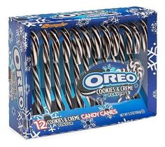 Oreo Cookies & Creme Candy Canes Arriving This Christmas - Snack Gator Oreo Candy Canes, Candy Cane Cookies, Oreo Cookies, Oreo Flavors, Cookie Flavors, Tortas Deli, Junk Food Snacks, Camping Snacks, Cream Candy