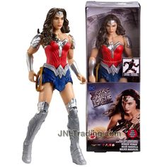 JLM Year 2018 DC Comics Justice League Movie Series 12 Inch Tall Figure - Wonder Woman with 11 Points of Articulation Dc Comics Collection, Superman, Batman, Strong Female Characters, Fight For Justice, Mattel, Lex Luthor, Women Figure, Aquaman