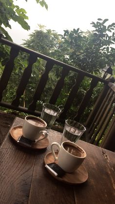 Coffee presentation Coffee Art, Coffee Time, Arabian Coffee, Activities in Natur. Creative Instagram Stories, Foto Instagram, Instagram Story Ideas, Time Photography, Coffee Photography, Breakfast Photography, Coffee Time Quotes, Coffee Presentation, Good Morning My Friend