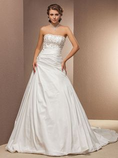Lanting Bride® A-line Petite / Plus Sizes Wedding Dress - Classic & Timeless Chapel Train Strapless Taffeta - USD $169.99 ! HOT Product! A hot product at an incredible low price is now on sale! Come check it out along with other items like this. Get great discounts, earn Rewards and much more each time you shop with us!