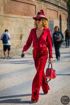 Milan SS 2018 Street Style: Elina Halimi