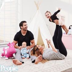 Jessie James Decker family in the new People magazine